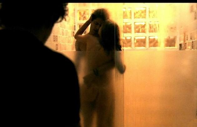 Vicente (Jesuíta Barbosa) flagrou a traição da noiva, Isabela (Marina Ruy Barbosa), em 'Justiça' (Foto: Reprodução)