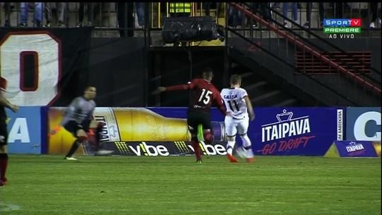 Veja os melhores momentos de Brasil de Pelotas 1x2 Atlético-GO