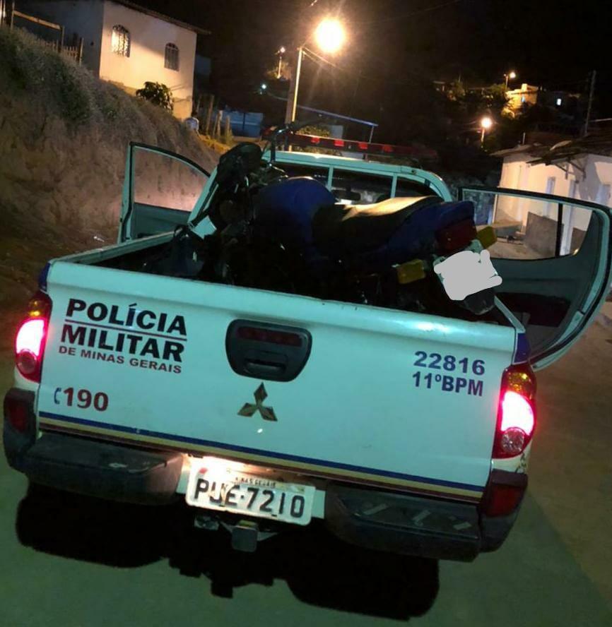 Homem é detido suspeito de receptação em Lajinha; moto furtada no ES é recuperada