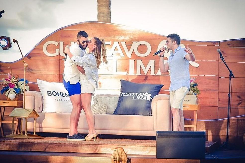 Gusttavo Lima dança com Andressa Suita ao som de 'Investe em Mim', de Jonas Esticado — Foto: Reprodução/Instagram/JonasEsticado