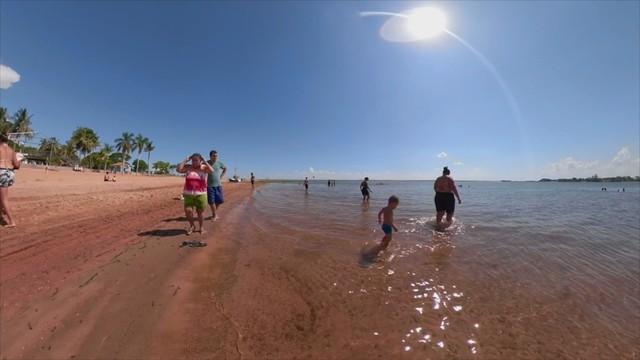 Ataques de piranhas assustam turistas e moradores de Pereira Barreto  — Foto: Reprodução/TV TEM