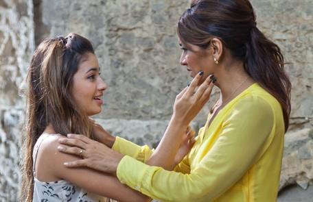 Contracenando com Dira Paes em um episódio da série 'As brasileiras', em 2012 Ique Esteves/TV Globo
