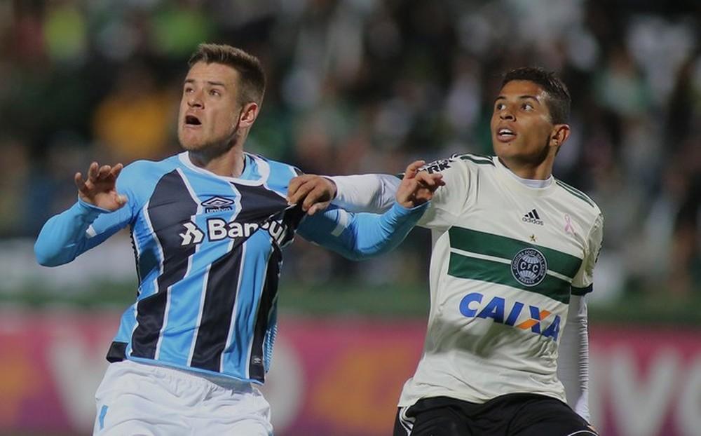 Marcelo Oliveira profetiza gol de Ramiro em vitória do Grêmio e elogia: