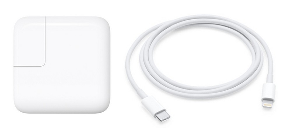 Uma atualização no iOS forçava os clientes a comprarem novos carregadores para o iPhone — Foto: Divulgação/Apple