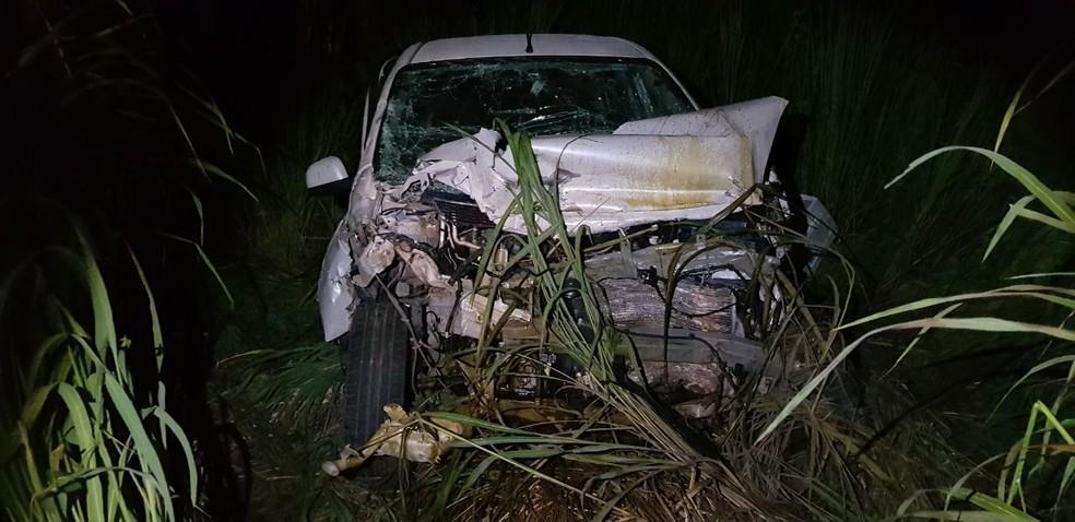 Colisão entre veículos deixa um morto na BR-135 no Maranhão (Foto: Divulgação/Polícia Rodoviária Federal)