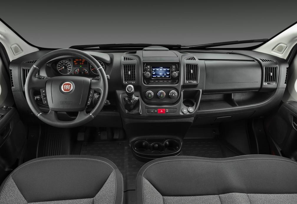 Interior da nova geração da Fiat Ducato (Foto: Divulgação)