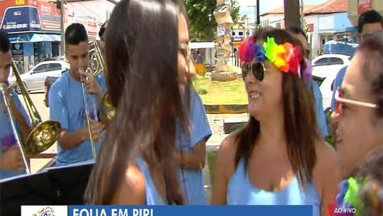 Pirenópolis tem desfile de bloquinhos e shows neste sábado de carnaval