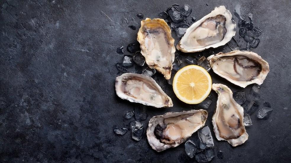 De abundante a raridade, o preço das ostras aumentou consideravelmente — Foto: Getty Images
