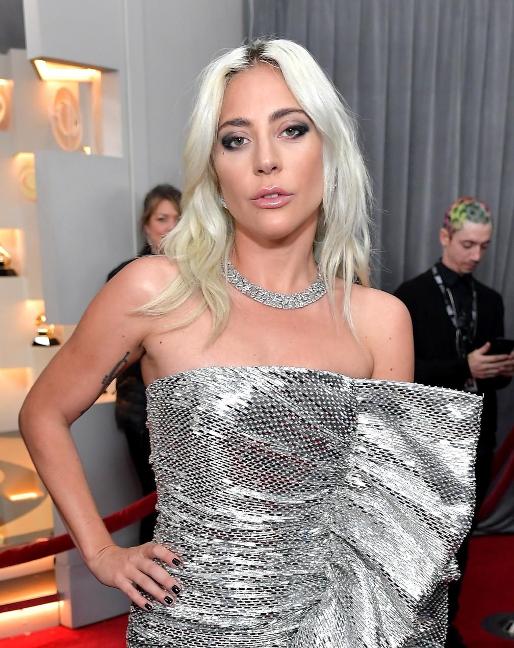 A cantora Lady Gaga chega para o Grammy 2019, em Los Angeles — Foto: Neilson Barnard / GETTY IMAGES / AFP