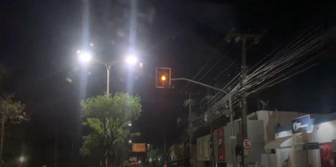 Semáforos apresentam instabilidade em pelo menos três pontos de Fortaleza