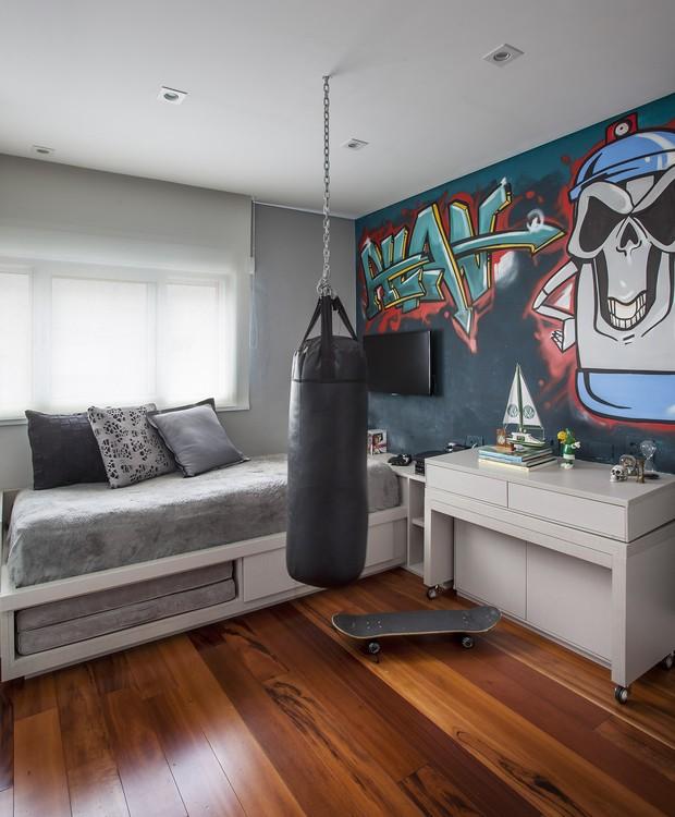 Volta As Aulas Karina Korn Menino Esporte Saco De Boxe Grafite