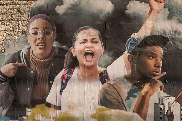 Mulheres no cinema: documentário 'Espero tua (re)volta' é uma aula de políticas sociais