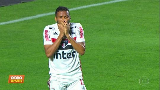 """Caio Ribeiro vê """"declaração infeliz"""" de Daniel Alves e diz que o prefere como lateral no São Paulo"""