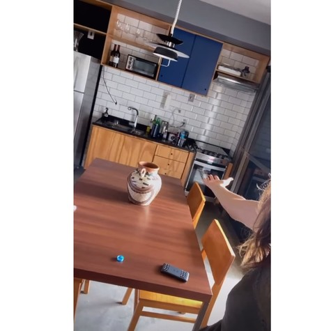 Rafa Brites mostra seu novo apartamento (Foto: Reprodução)