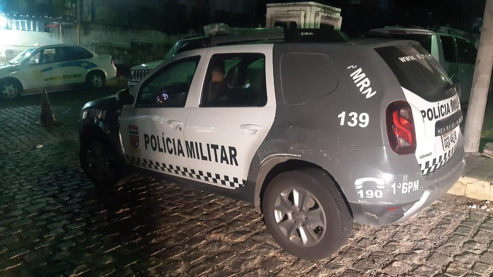 De férias em Natal, policial civil do AM é baleado ao entrar por engano em Mãe Luíza — Foto: Sérgio Henrique Santos/Inter TV Cabugi