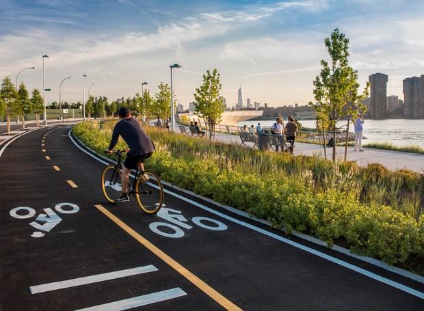 O parque conta com pista de bicicleta (Foto: David Lloyd/  Reprodução)