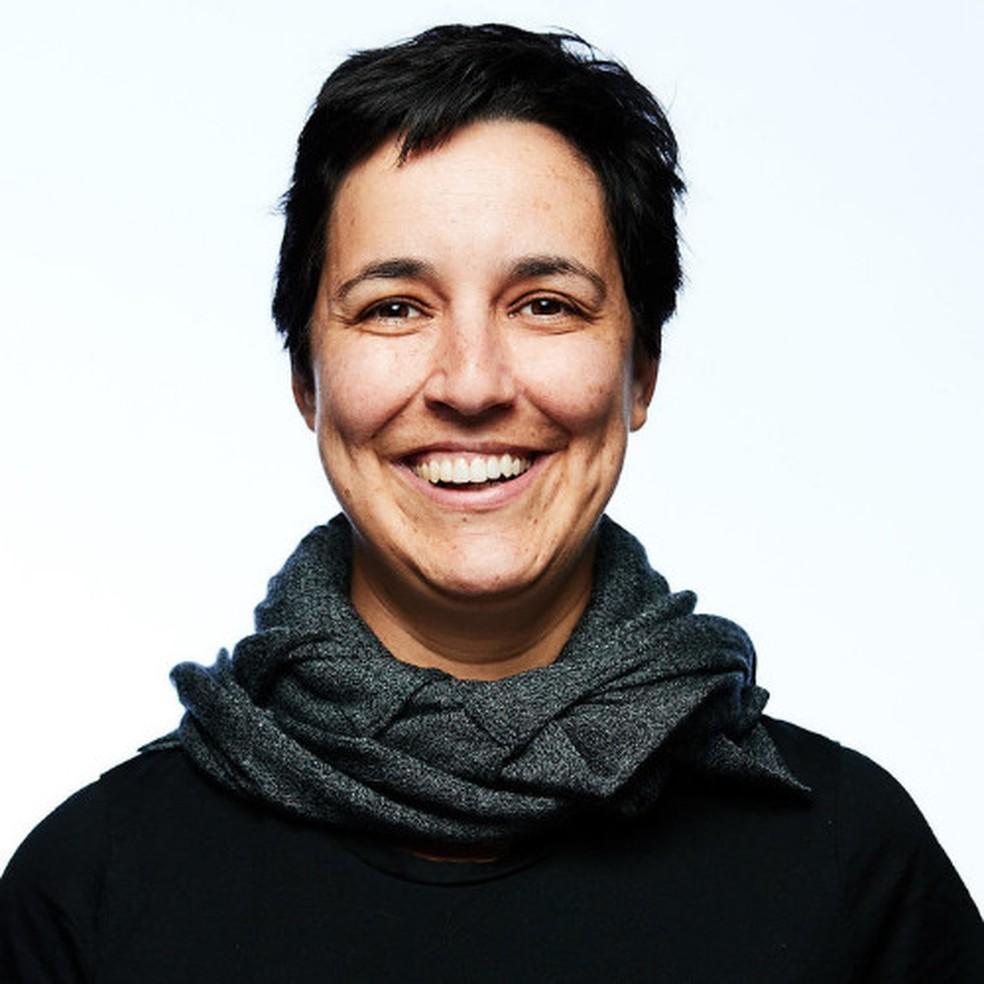 Gabriela de Queiroz, gerente de engenharia e ciência de dados da IBM em São Francisco, fundou um grupo que hoje ensina programação a mulheres em 45 países — Foto: Divulgação