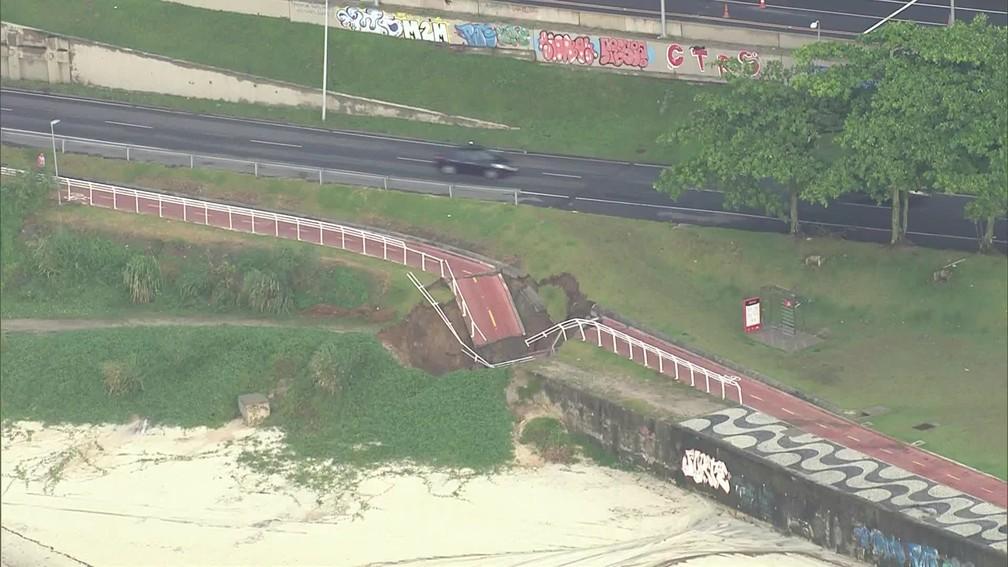 Chuva provoca novo desabamento da ciclovia Tim Maia, no Rio (Foto: Reprodução / Tv Globo)