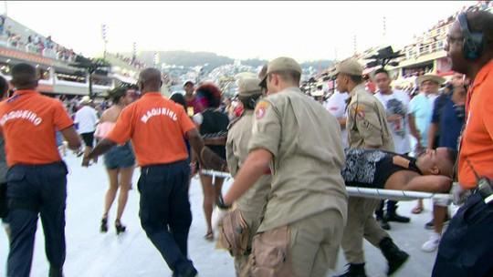 Homem é baleado no fim do Desfile das Campeãs, no Sambódromo do Rio