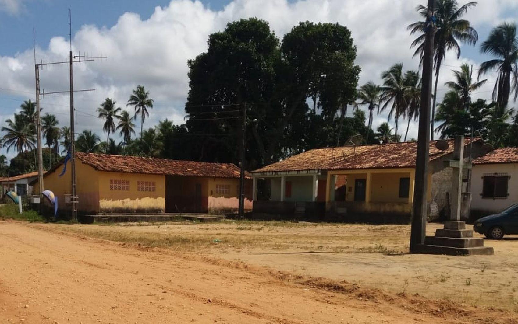Comunidade quer reabertura de escola fechada em Pacatuba