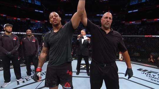 Após nocaute em 45 segundos, Greg Hardy sonha com título peso-pesado do Ultimate