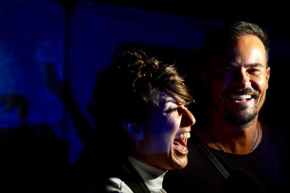 Fernanda Paes Leme e Paulinho Vilhena foram prestigiar o show dos amigos no Parque Olímpico — Foto: Marcos Serra Lima/G1