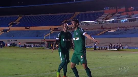 """Hélio aquece fase final e alerta Goiás: """"Campeonato Goiano começa agora"""""""