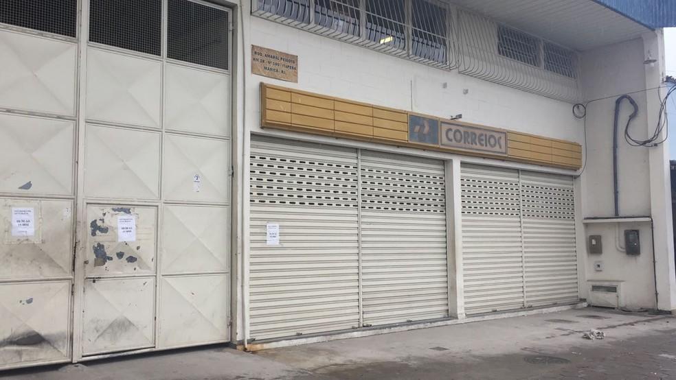 Caso aconteceu em uma agência dos Correios em Maricá (Foto: Viviane Lopes/Inter TV)