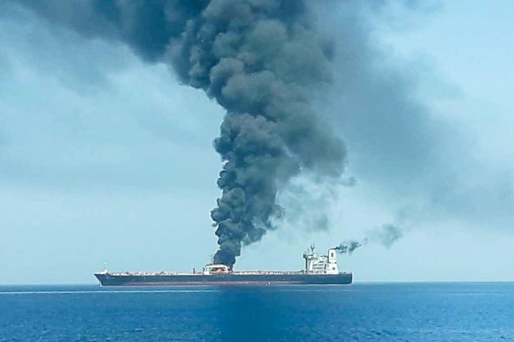 Preços do petróleo sobem após suposto ataque a petroleiros perto do Irã