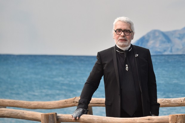 O visual 100% Karl Lagerfeld (Foto: getty images)