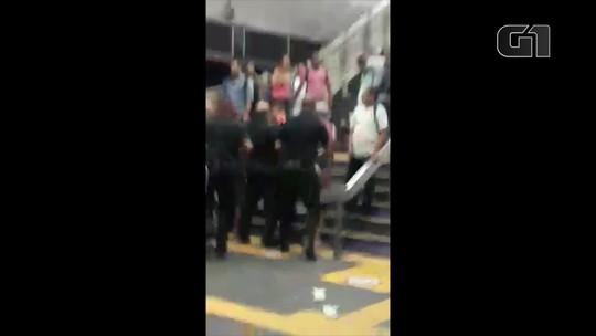 Briga no Metrô Rio termina com vagão avariado e tráfego interrompido
