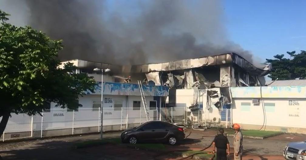 Fogo já controlado na CER do Lourenço Jorge — Foto: Reprodução/Redes sociais