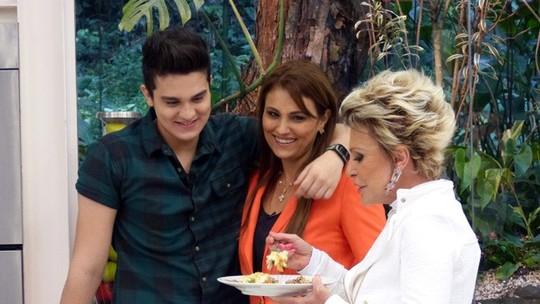 Mães e filhos mostram sintonia na cozinha: relembre as receitas de família dos famosos