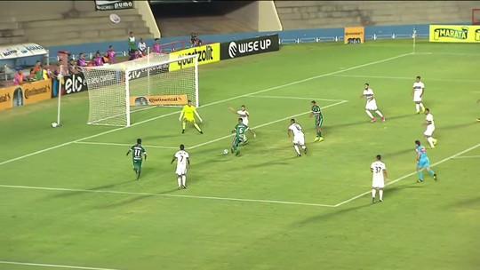 Gol de Jeferson, do Goiás, é a pintura da rodada do meio de semana no É Gol!!!