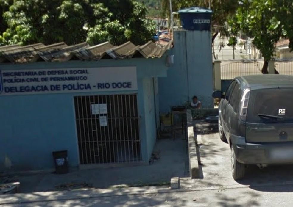 Delegacia de Rio Doce, fica em Olinda, no Grande Recife (Foto: Reprodução/Google Street View)