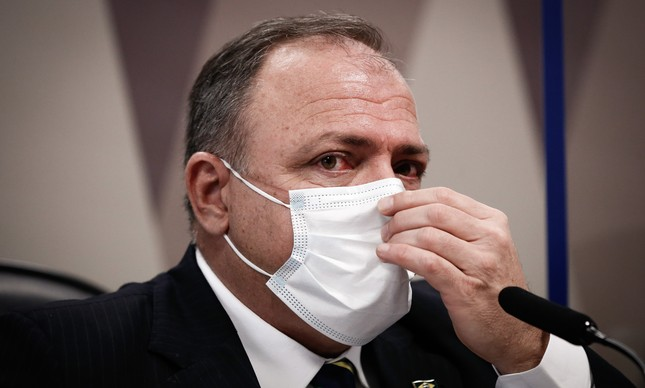 O ex-ministro da Saúde e general da ativa Eduardo Pazuello durante depoimento à CPI da Covid, no Senado Federal, na última quarta-feira (19)
