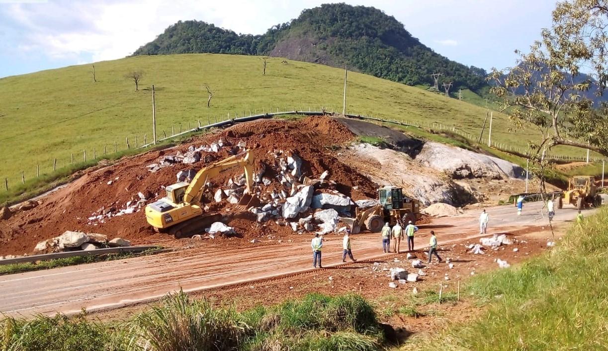 Trecho da BR-101 no Espírito Santo é interditado para obras