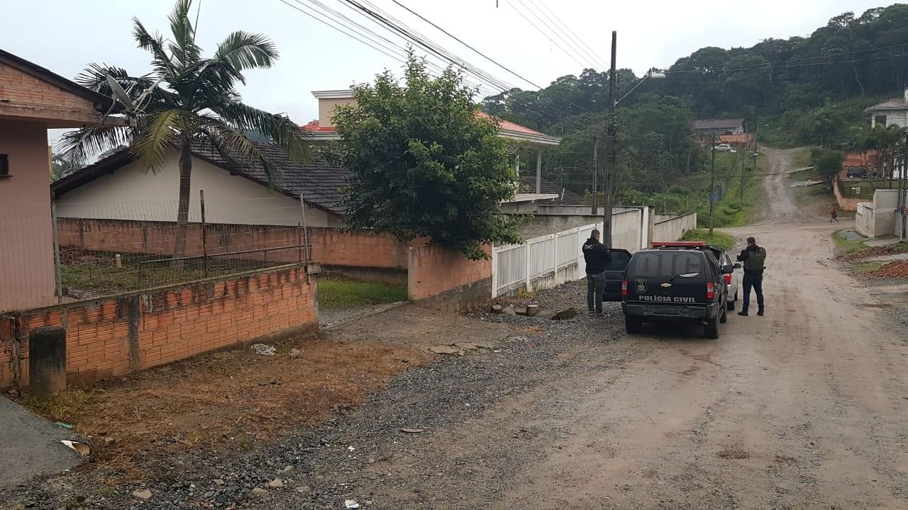 Quatro pessoas são presas em operação para desarticular quadrilha de caixeiros em SC - Notícias - Plantão Diário