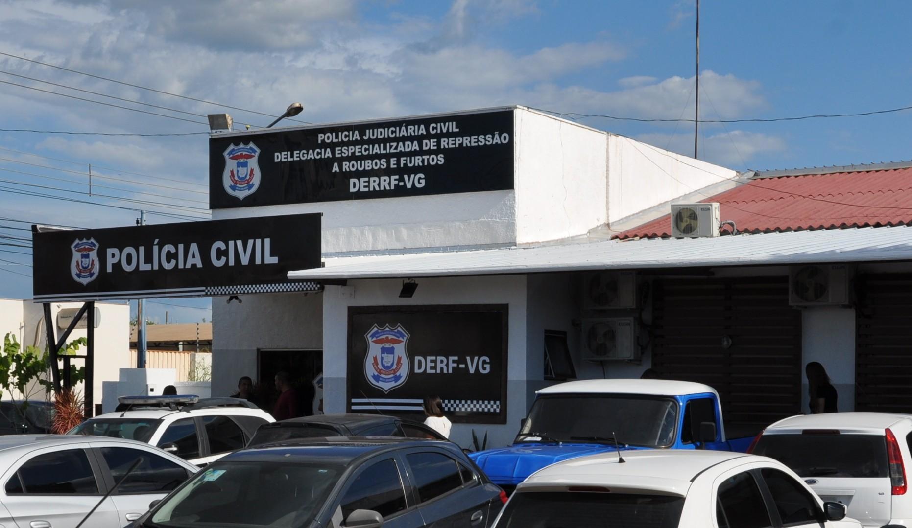Funcionário de supermercado atacadista é preso após furtar R$ 1,6 mil de dentro da bolsa de idosa em MT