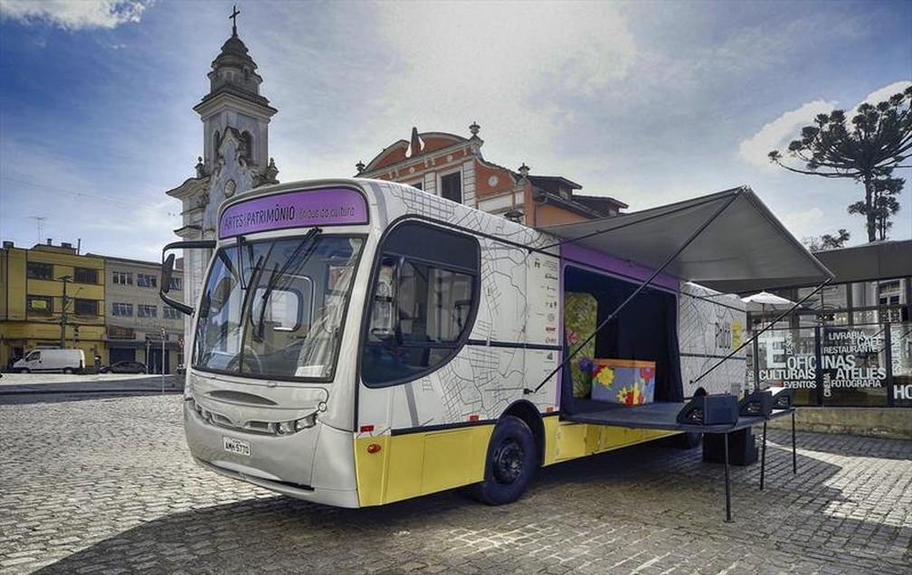 Ônibus da Cultura com Teatro de Natal: Sonho de Luz — Foto: Prefeitura Municipal de Curitiba/Divulgação