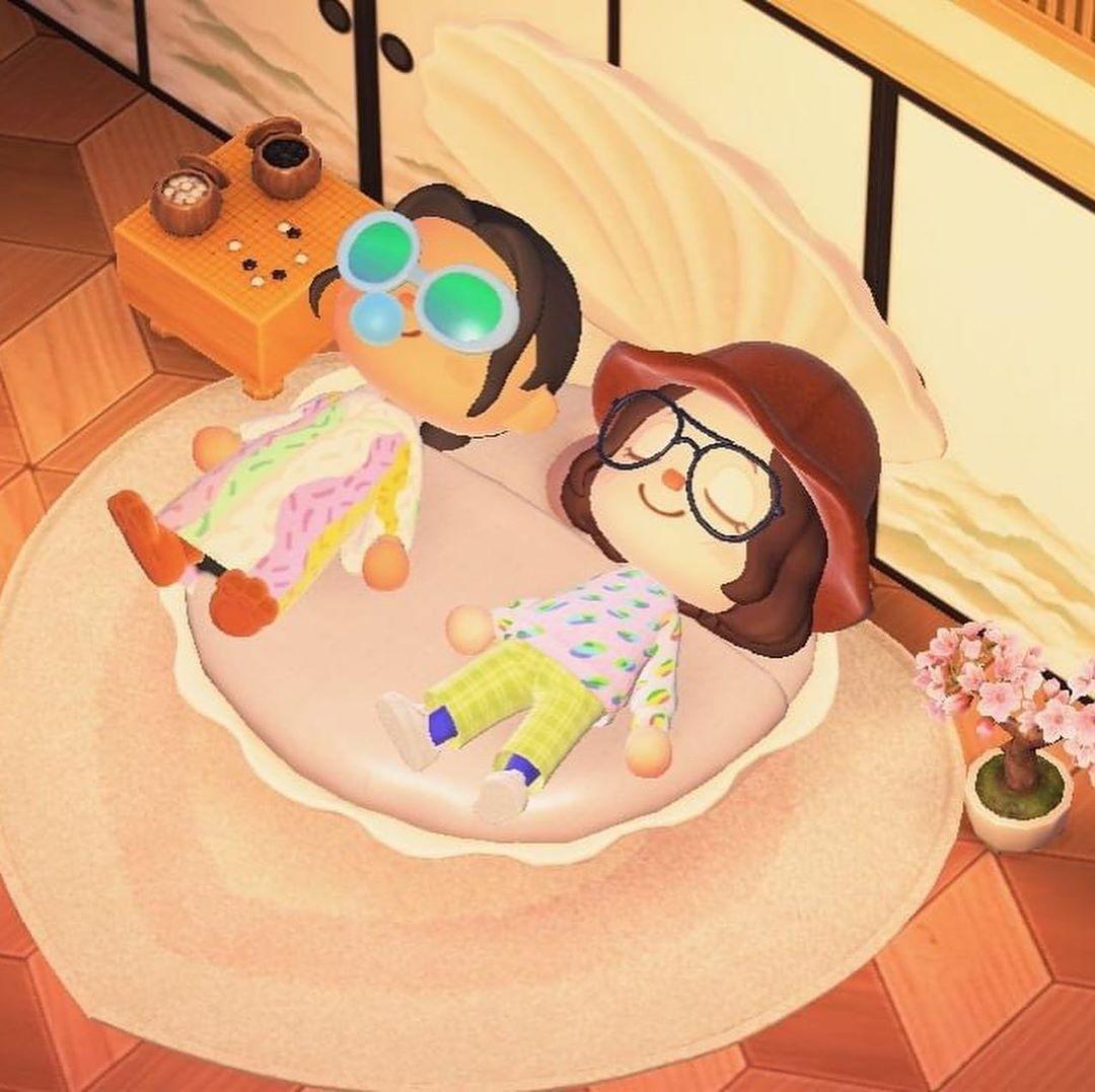 Sandy Liang armou uma pop-up no Animal Crossing (Foto: Reprodução/Instagram)