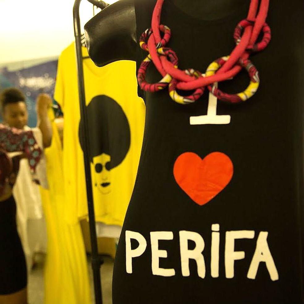 Camisetas estampadas da marca brasiliense Mercado Étnico — Foto: Mercado Étnico/Divulgação