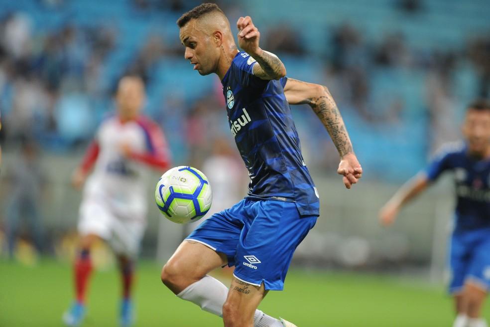 Fora da temporada, Luan tem contrato por encerrar no fim do ano que vem — Foto: Wesley Santos/Agência PressDigital