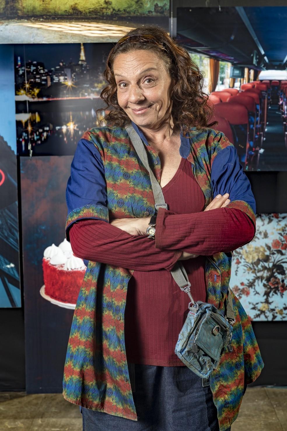 Em 'A Dona do Pedaço', Rosi Campos dá vida a Dodô, mulher de Eusébio (Marco Nanini)  — Foto: TV Globo/João Miguel Jr.