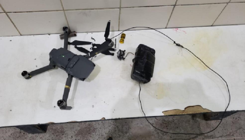 Drone foi encontrado na Penitenciária  Instituto Presídio Olavo Oliveira II IPPOO2. — Foto: Reprodução/TV Verdes Mares