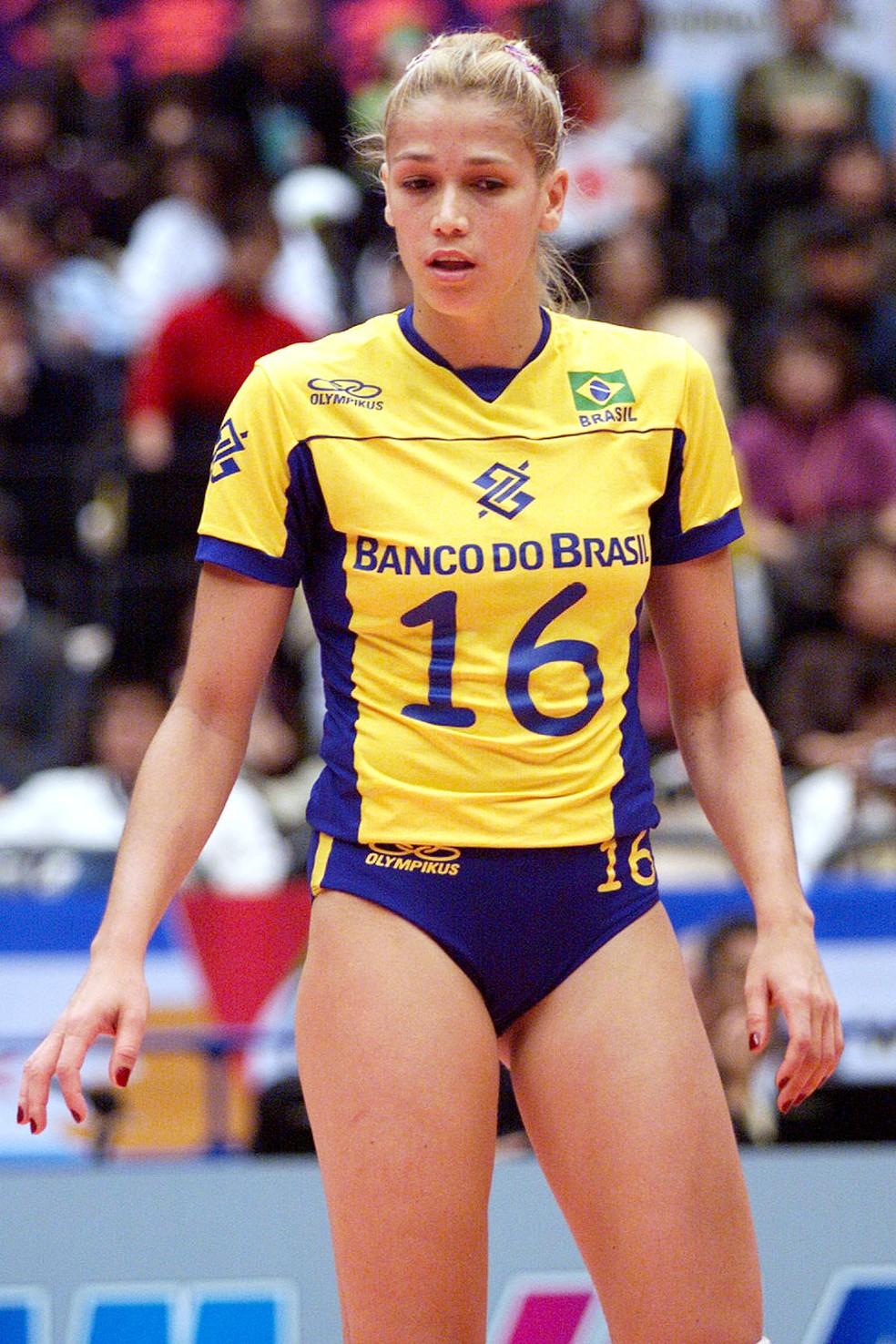 Erika pela seleção nos anos 1990 — Foto: Reprodução
