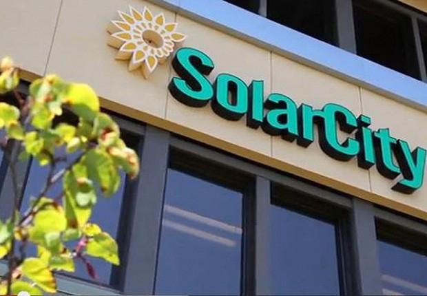 Fachada dos escritórios da SolarCity nos Estados Unidos. A empresa é a maior instaladora de painéis fotovoltaicos dos Estados Unidos e tem apoio de Elon Musk, iniciará a produção em fábrica em 2017 (Foto: Reprodução/Facebook)