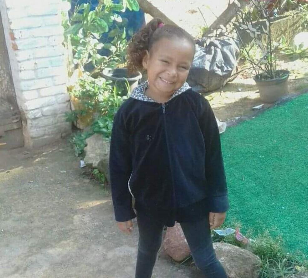 Kauani Cristhiny, de 6 anos, desaparece em Mongaguá, SP — Foto: Arquivo Pessoal/Diana Soares