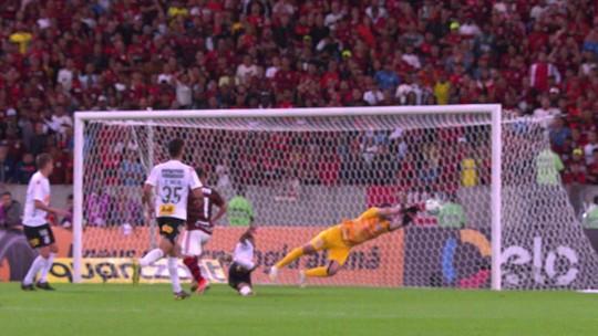 Seleção GE: Cruzeiro some do time, Palmeiras emplaca cinco e Guerrero aparece como camisa 9
