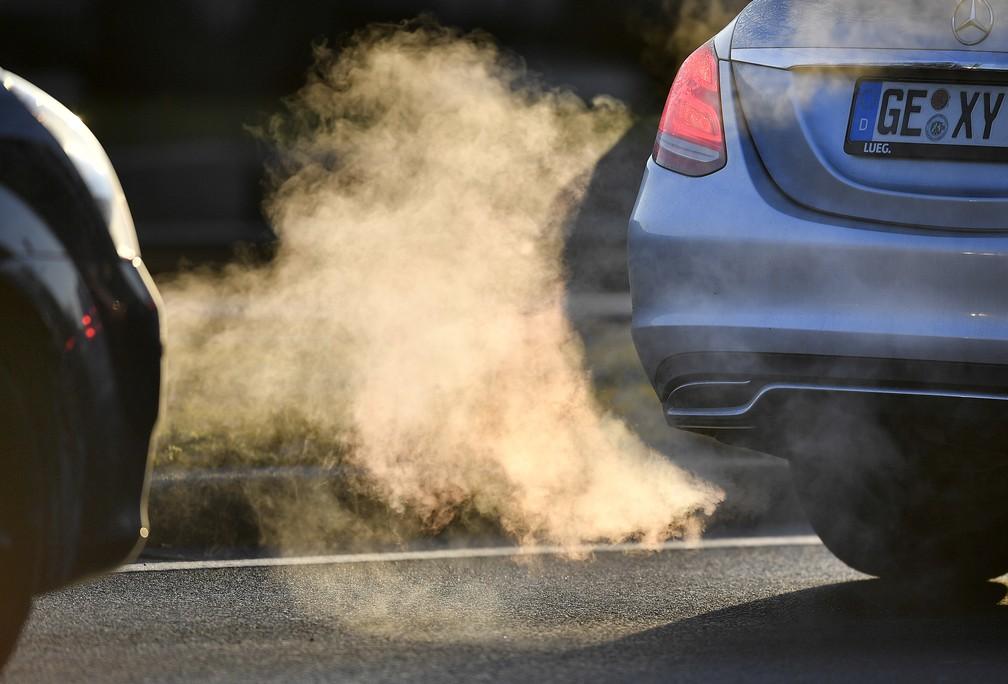 Corte alemã autorizou cidades a proibir a circulação de carros a diesel (Foto: Martin Meissner/AP)